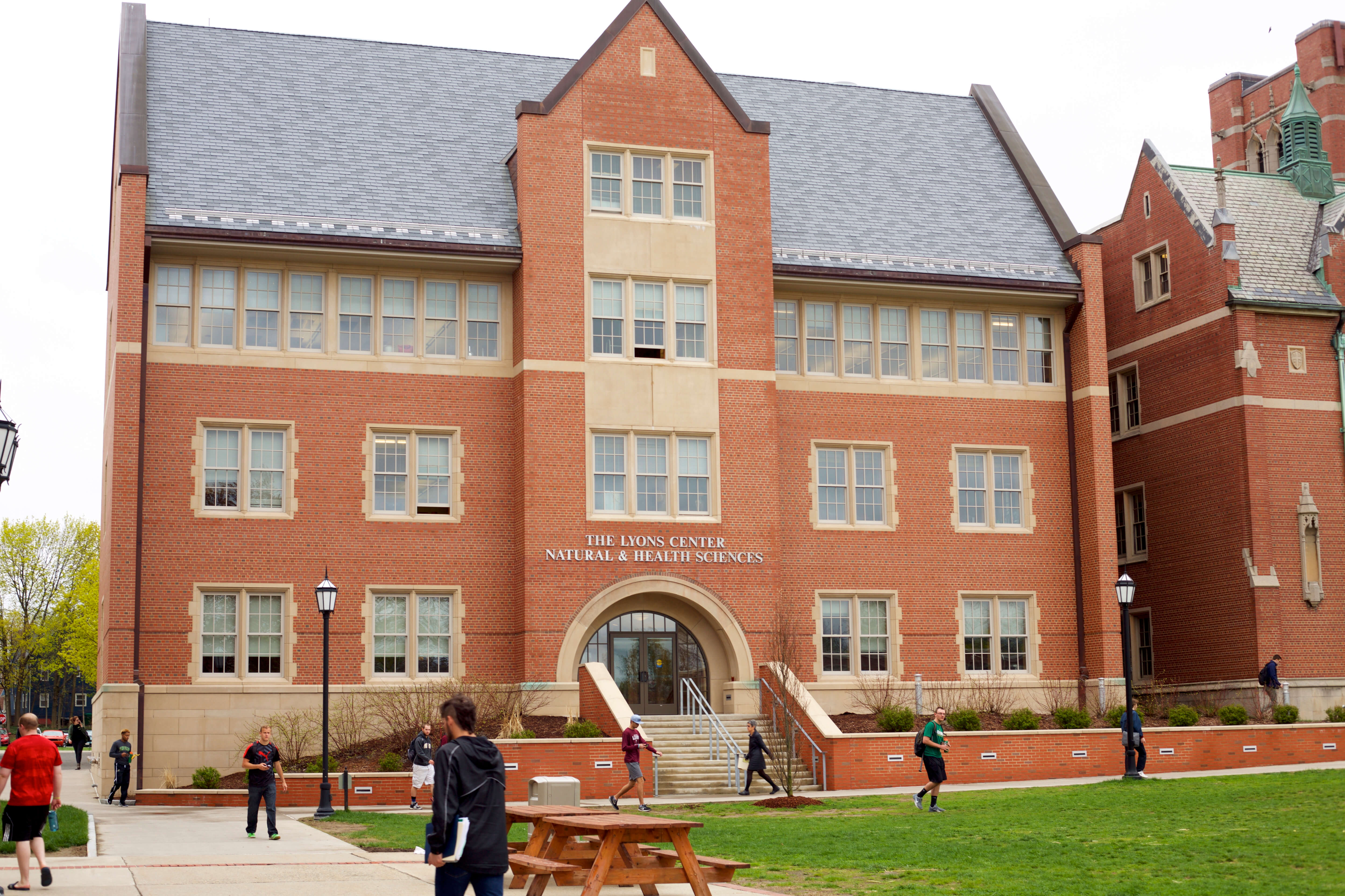Photo of the Lyons Center for Natural and Health Sciences