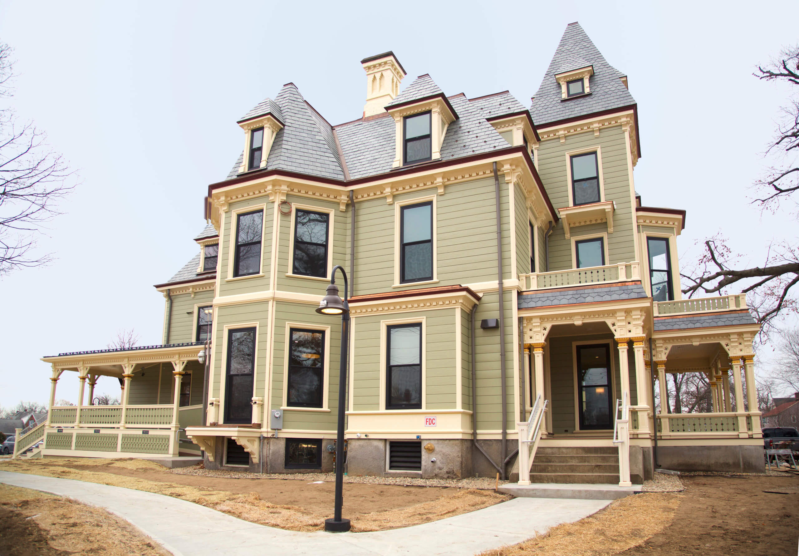 Photo of the exterior of the Living-Learning, Community and Cultural Center, formerly known as Gaylord Mansion